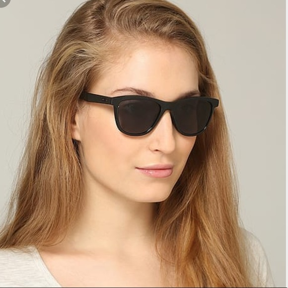 7892b8dd44 Oakley Accessories | Womens Moonlighter Black Sunglasses | Poshmark