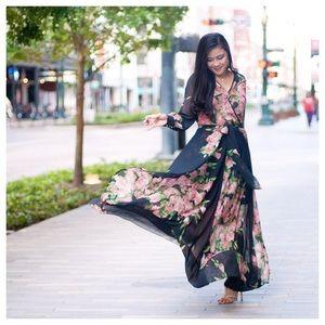 Dresses & Skirts - Floral Midnight Blue Maxi Dress