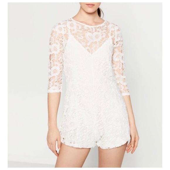 61baafb3 ZARA Short Guipure Lace Jumpsuit. M_59853895bf6df50bd800ec2f