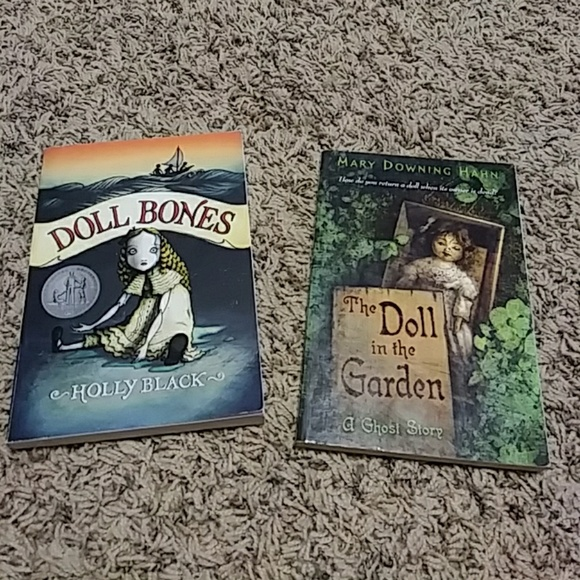 doll bones the doll in the garden paperback book - The Doll In The Garden