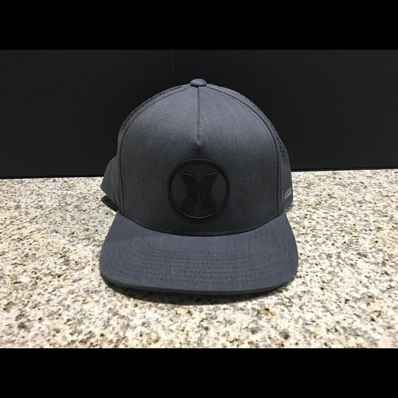 0a3fee8bcb357 Hurley Other - Men s Hurley DRI-Fit icon 2.0 SnapBack Hat ...
