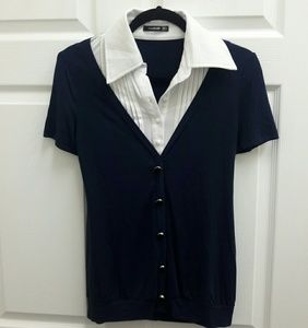 1 HR SALE! Pattyboutik navy faux button up top