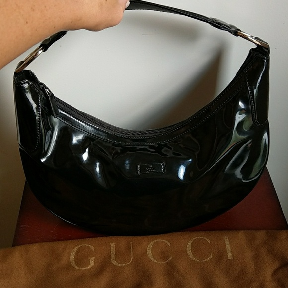 d1947ef38b Gucci Handbags - GUCCI ! 😍AUTHENTIC! Soft patent leather hobo bag