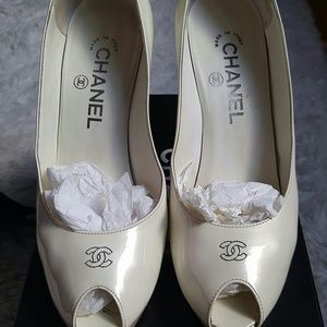 1 HOUR SALE TONIGHT CHANEL SHOES
