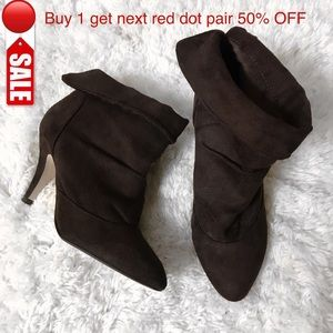 Shoes - ⇨M U S T • G O⇦ Brown Heeled Ankle Booties