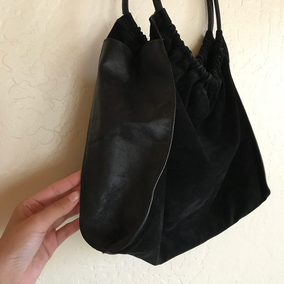 Gucci Handbags - ⬇️Gucci black leather and suede hobo tote bag 29f70658d5473