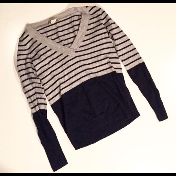 Club Monaco lovely navy and gray wool sweater.