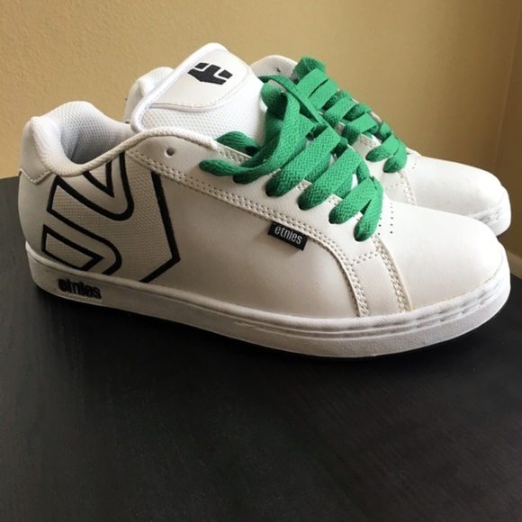 Etnies Shoes   One Hour Shipping Costs
