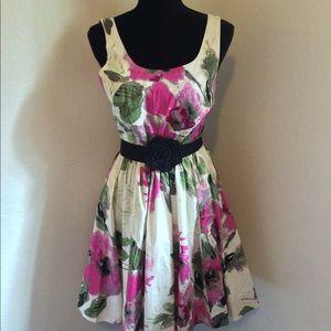 NEW ELLE Women's S/L Cream Multicolor Floral Dress