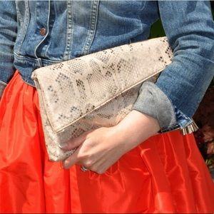 New Look Bags - Metallic snake print clutch