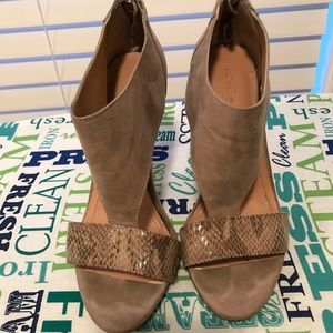 BCBG Suede Leather Heels