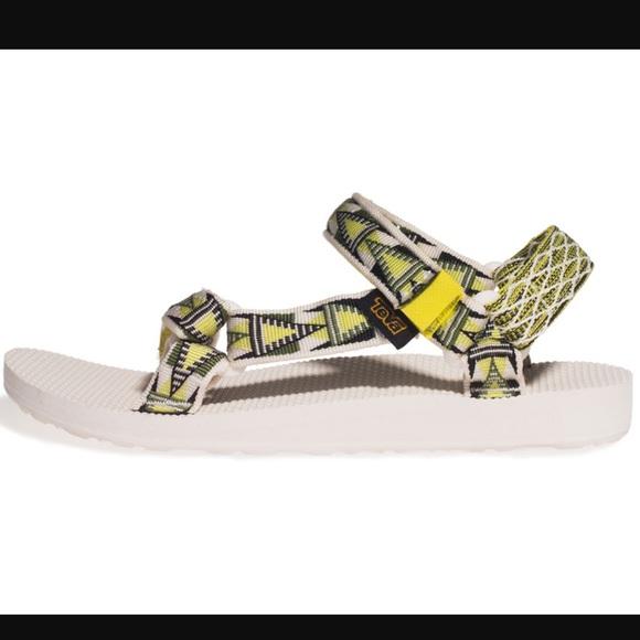 52f0628765cc6 TEVA Original Universal Atomic Lime Sandals