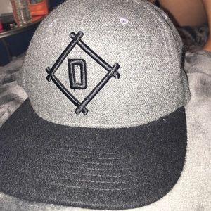 d443ecbb31d ... hat Diamond Supply Co.