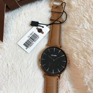 CLUSE Jewelry - NWT CLUSE LA BOHÉME ROSE GOLD BLACK WATCH + strap