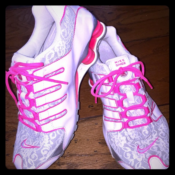 Zapatos Nike Hot Pink Lace Shox Accent Shox Lace Talla 9 Poshmark 94a559