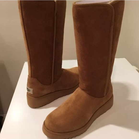 78707b22dcb 🔥SALE🔥New Classic Ugg Kara tall Suede boot 7 NWT