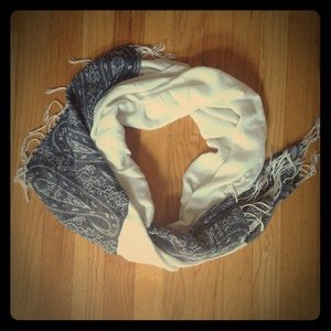 Accessories - Cashmere Paisley Scarf