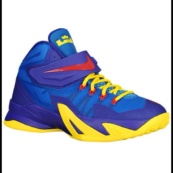 new product 03d62 df285 Nike Lebron Soldier 8 VIII Blue Yellow Red. M 59849b8bf0137d9b680281f7