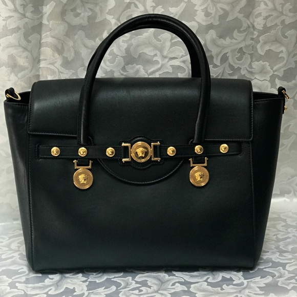 8ff820c92992 Versace Signature Lock Leather Handbag. M 59849f1941b4e08f2102a857