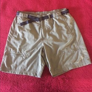 Dark Green Mesh-lined shorts with belt. New Sz XL