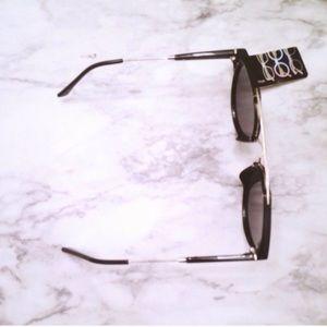 Aly Posh Boutique Accessories - Listing for @clairemfalco Black Stylish Sunglasses