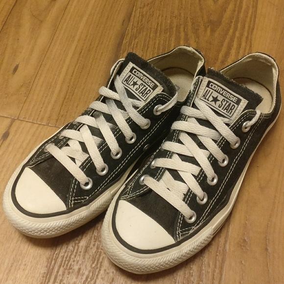 e0d109cd541d Converse Shoes - Black Low Top Converse Chuck Taylor