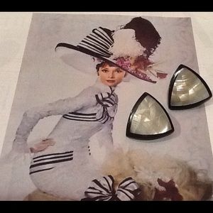 Jewelry - Vintage black and white earrings