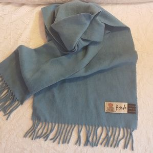 Pringle Vintage baby blue chashmere scarf