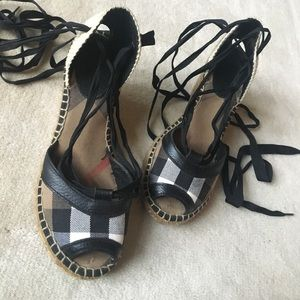 Burberry Sandals/Wedge/espadrilles Size 37/6.5🌸