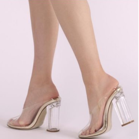 Amora Block Lucite Heel Clear Gold