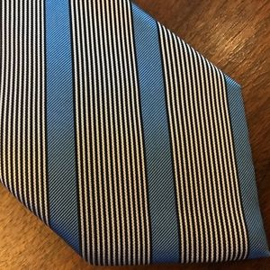 Brioni High Fashion Italian Silk Tie