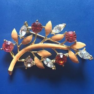 Jewelry - Goldtone Peach Brooch with Clear/Color Stones
