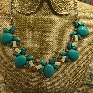 Jewelry - Turquoise necklace Boutique