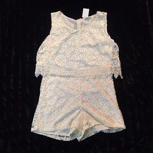 Pants - NWT Beautiful Beige Lace Romper