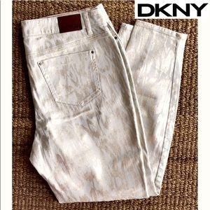 Fun DKNY Metallic Mid-Rise Jeggings Sz. 16W