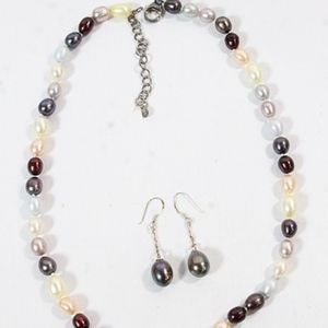 Matching fresh water pearl necklace and earrings