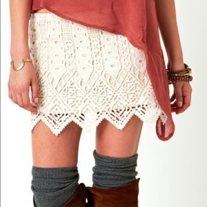 Jen's Pirate Booty White Cream Crochet Mini Skirt
