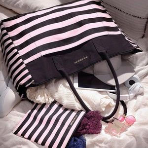 Victoria's Secret tote/weekender BNWT pink & black