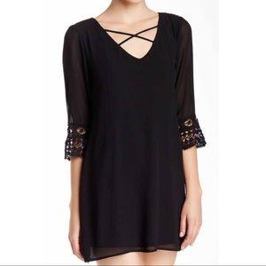 NWT Want & Need Lace Sleeve Trapeze Dress 