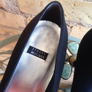 Stuart Weitzman Shoes - Stuart Weitzman Glooporto Kitten Pumps