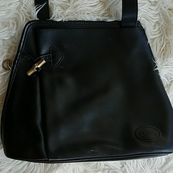 Longchamp Handbags - Vintage LONGCHAMP Roseau Black Leather Sling Bag f3dde2a4e33fb