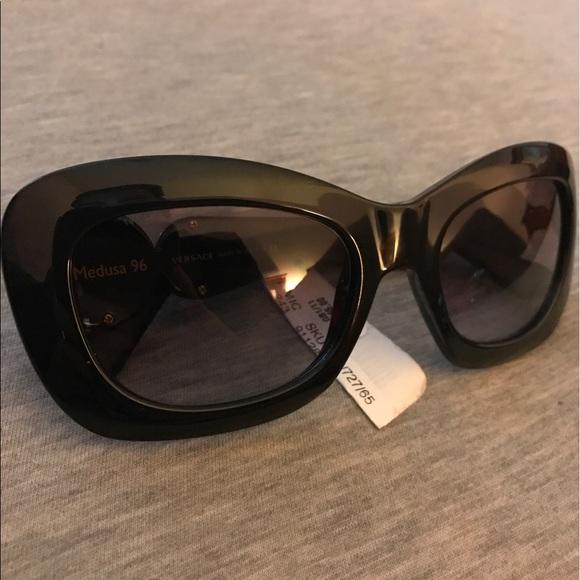 5ae8ea3637eba Versace sunglasses model4328 BRAND NEW WITH TAGS
