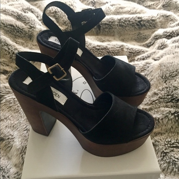 3105baa39247 Steve Madden Lulla sandal
