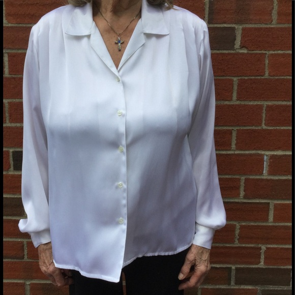 bce83f144ddf9e Diversity Tops | White Long Sleeve Button Down Blouse Size 12 | Poshmark