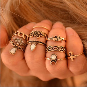 Jewelry - Set of 10 Vintage Gold Antique Boho Midi Rings NWT