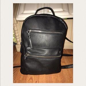 Handbags - ‼️BUY NOW‼️Black Book Bag