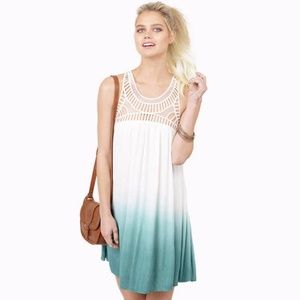 Dresses & Skirts - OMBRE GREEN FADED SHIFT DRESS