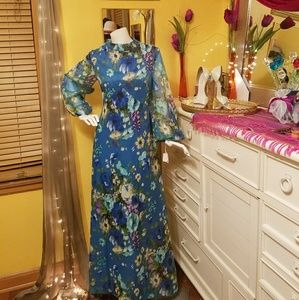 Dresses & Skirts - 60's Vintage Floral Dress early 70's