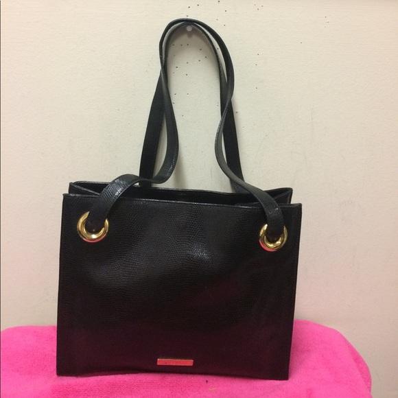257f2aa90a desmo Handbags - Desmo Purse