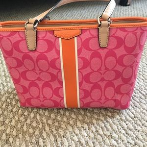 Handbags - Pink and orange purse.
